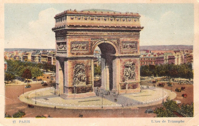 L'Arc de Triomphe Paris Postcard  as seen on linenandlavender.net:  http://www.linenandlavender.net/2009/08/paris-is-mad.html