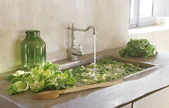 Provence farmhouse, stone sink via Côté Sud Aout-Sept 05 edited by lb for ~linen & lavender
