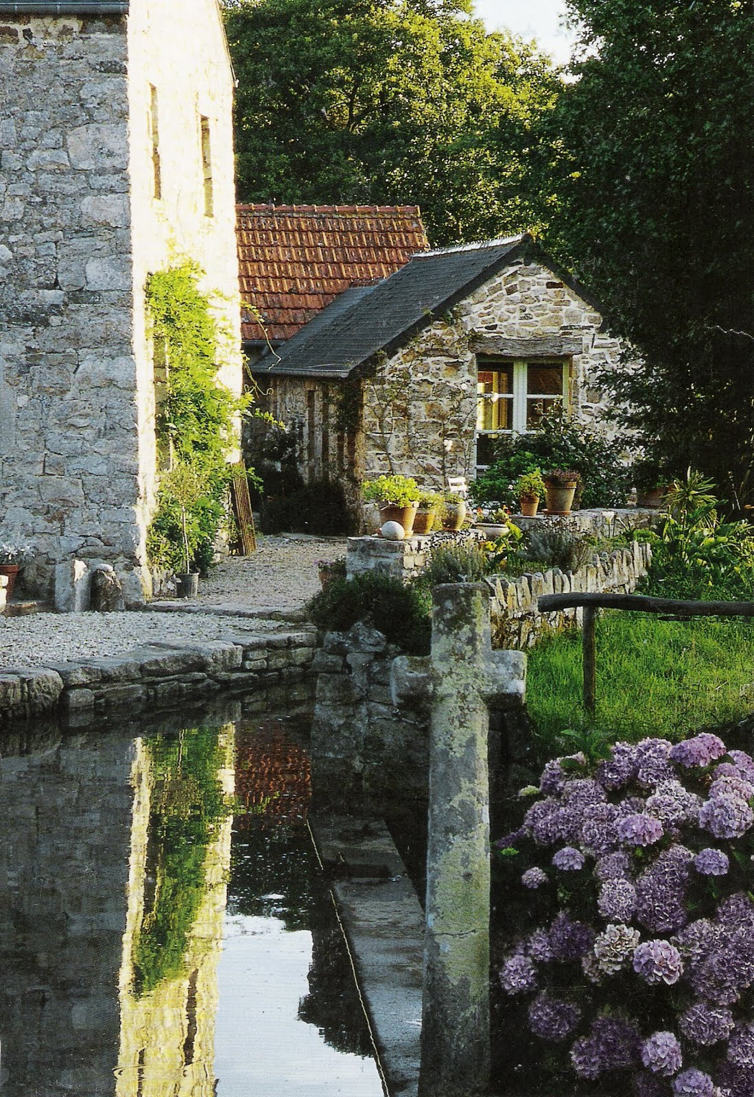 Design daily charming stone for French country cottages