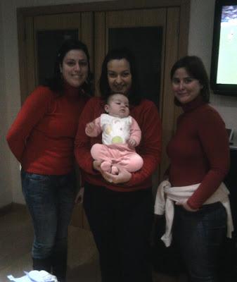 3 mulheres de vermelho