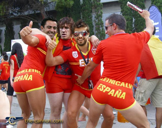 ¿Habeis visto esta otra foto del piquerdo marica??? Xavi-puyol-pique-gay-spaniards