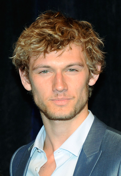 Mundie Moms: Alex Pettyfer & The Casting of Jace- Truth vs Rumors