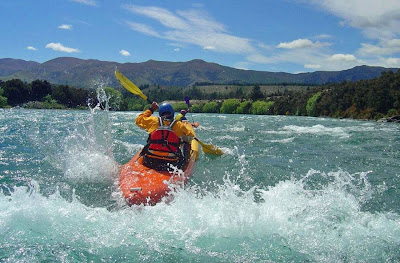Kayaking the Pioneer Rapid, Upper Clutha
