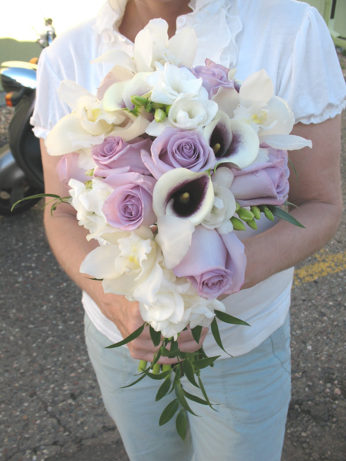 cascade wedding bouquets