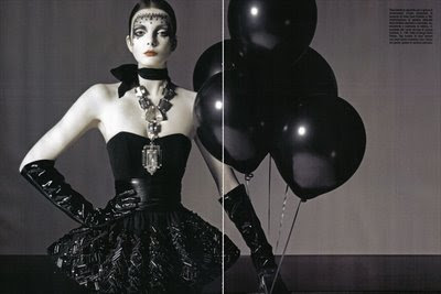 Gothic Fashion on Fashion War  Gothic Fashion Of Vogue Italy Vs Flair Magazine   Fashion