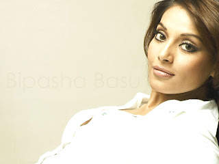 sexy Bollywood  actress Bipasha Basu