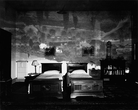 [camera23_Tuscan-Large-Bedroom.jpg]