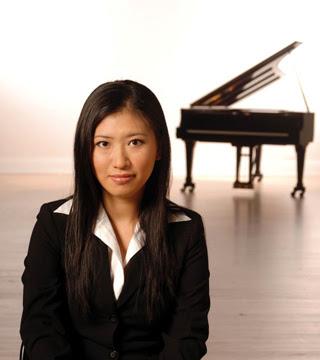Pianist Chu-Fang Huang