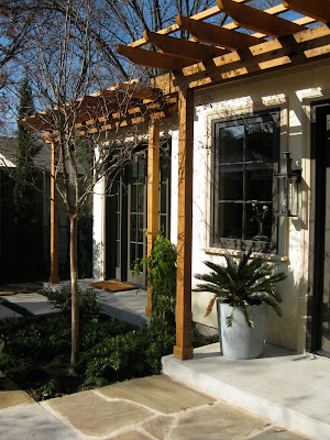 Dallas Designer Michelle Meredith Built A Delightful Design Studio In The Back Of Her Bluffview Area Limestone Cottage