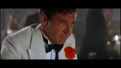 Och den här bilden är förklaringen till varför Ell älskar vita kostymer
