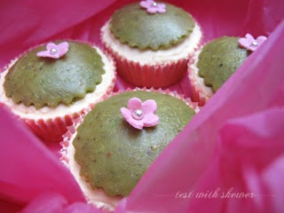 saffron cupcakes in box