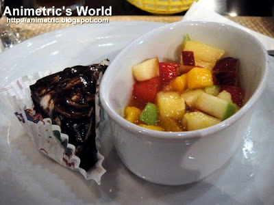 Fruit Medley and Cake at New Orleans Bourbon Street Steaks & Oysters