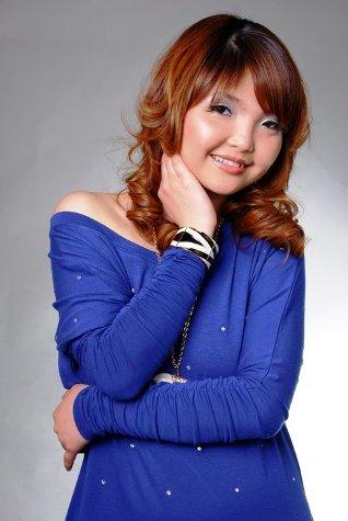 http://2.bp.blogspot.com/_na70Aw8gBm4/TCGUpNCWCkI/AAAAAAAAG84/XWMqsCYvMqE/s1600/Nay+Chi+Min+Tun.jpg