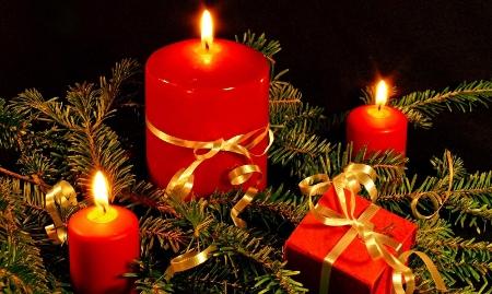 Celebrar la navidad noviembre 2010 - Adornos navidenos con velas ...