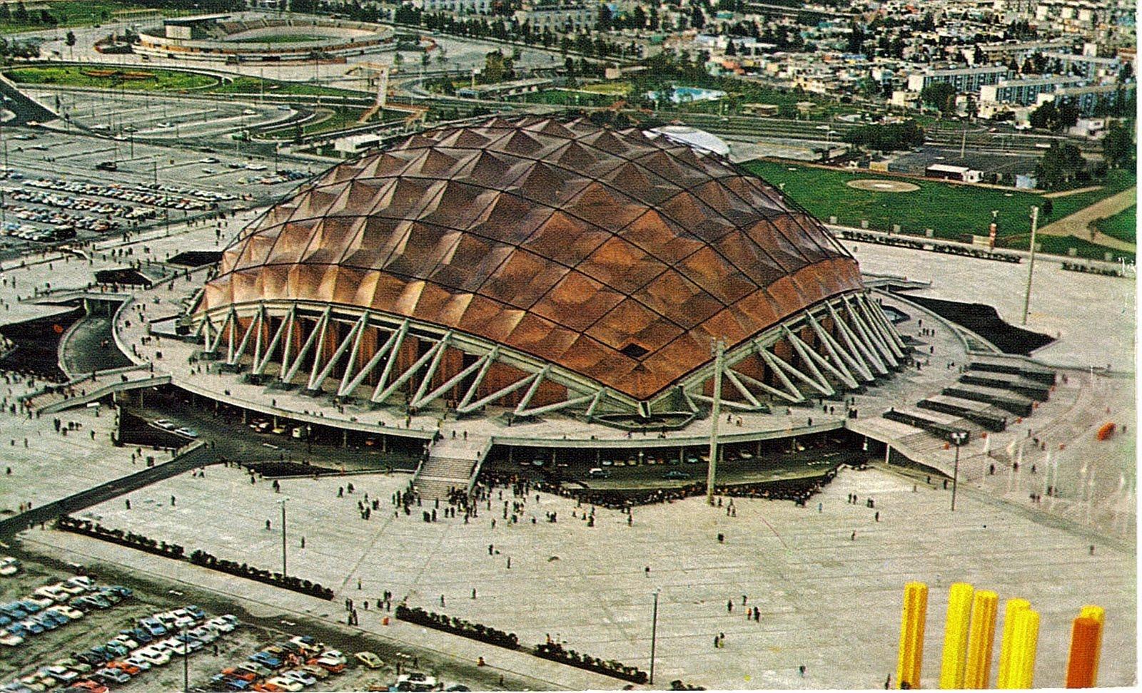 Mexico city palacio de los deportes 22 730 page 2 for Palacio de los azulejos mexico