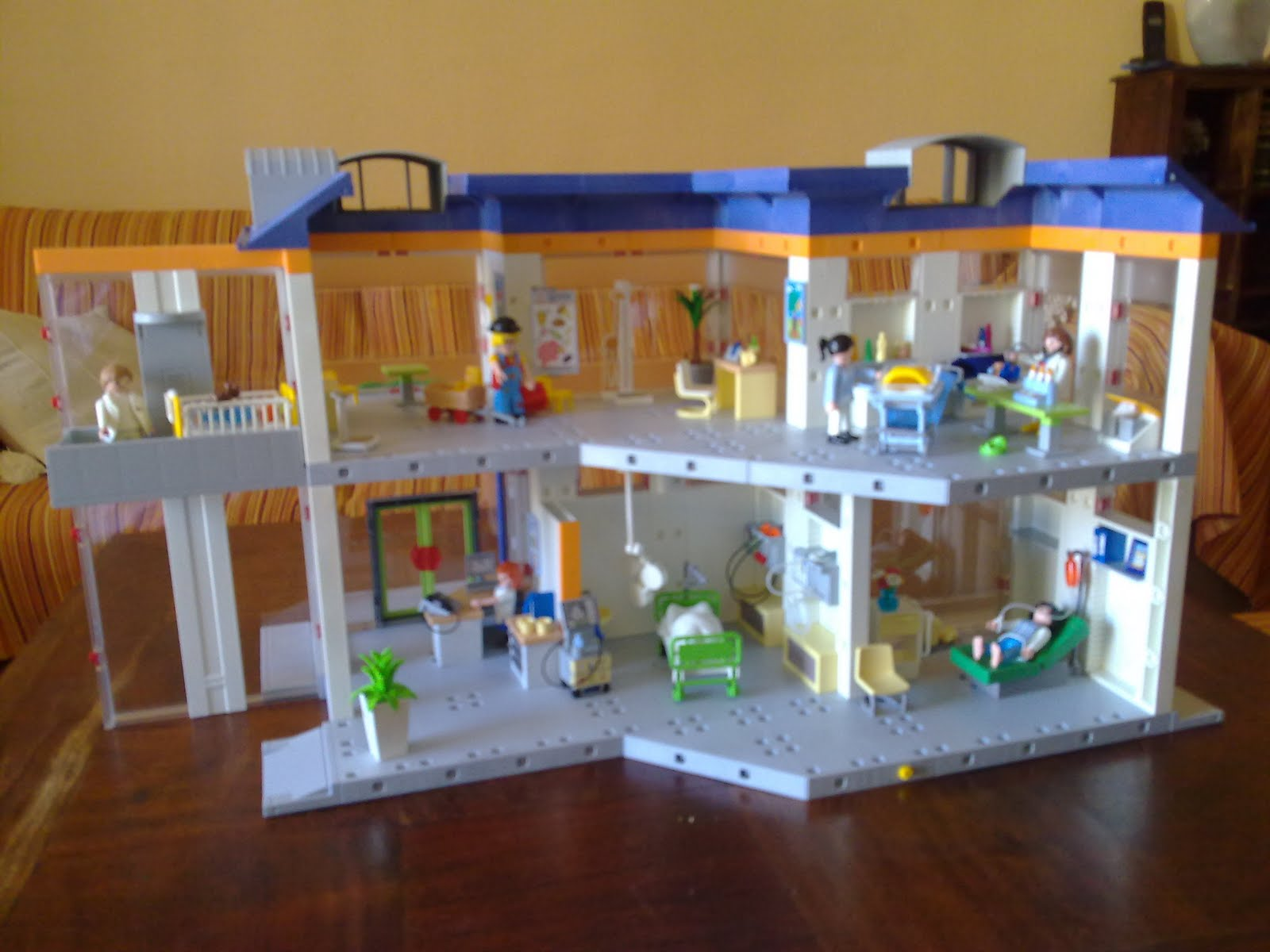 fraggle blog el hospital de playmobil