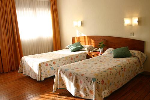 Hotel en san sebasti n habitaciones familiares for Habitaciones familiares vacaciones