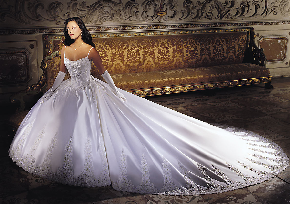 wedding dresses by demetrios
