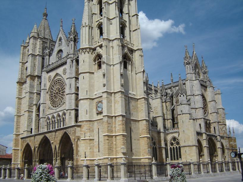 Historia del arte la arquitectura gotica for Obra arquitectonica definicion