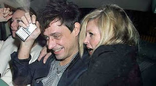 kate moss, jamie Hince, Stella McCartney vegan fur crime