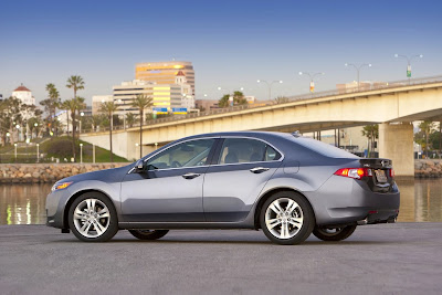 2010 Acura TSX V6 Reviews and Specs