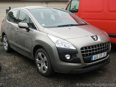 New Peugeot 3008 LWB 2009 Reviews and Specification