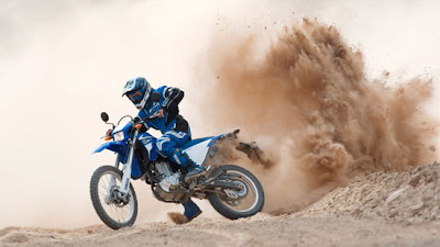 New Yamaha WR250R2009 : Photo and Reviews