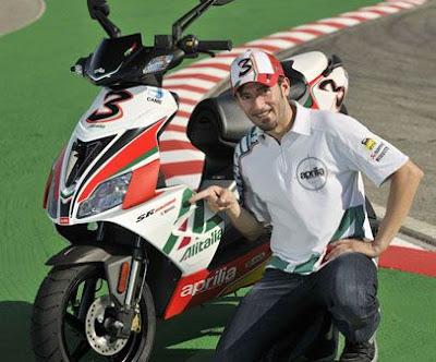 New 2010 2011 Aprilia Scooter SR 50 R Replica WSBK Max Biaggi