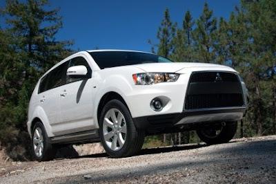 New 2010 DI-D Mitsubishi Outlander Mivec: Motor Show 2010
