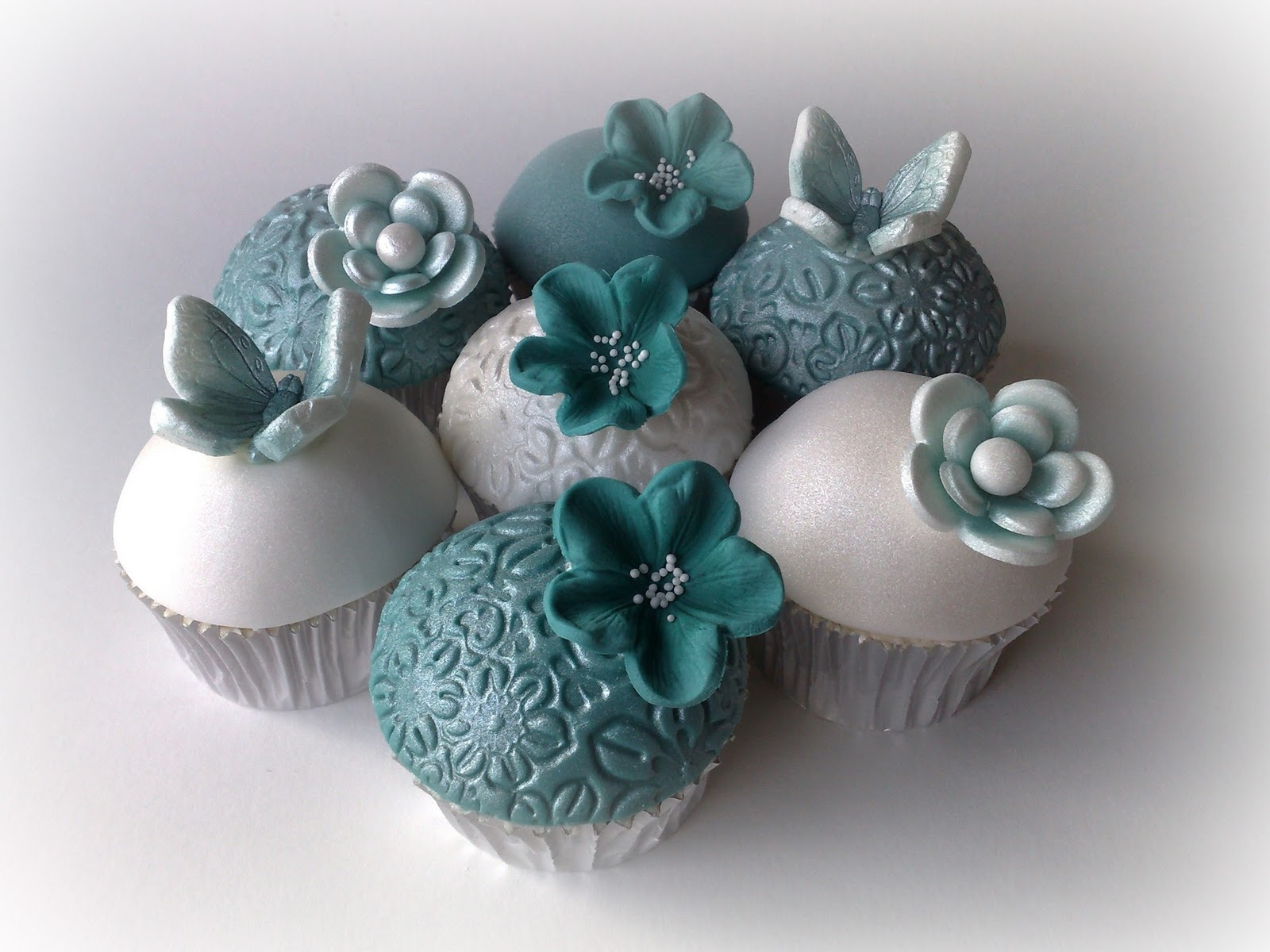 Small Things Iced Teal & White Wedding Cupcakes & Cookies