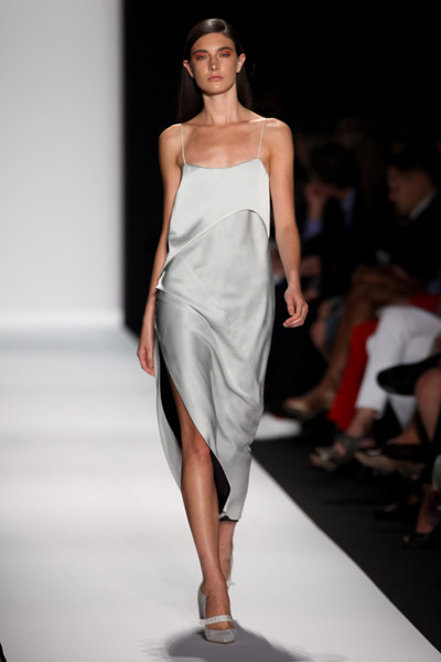 Fashion Blogspot  on Highlights From Nyc Fashion Week Spring 2011  Video