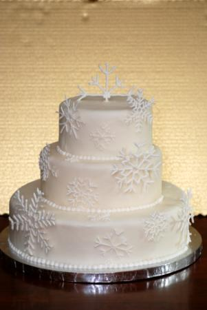 Snowflakes Wedding Cake Three tier round cake with snowflakes