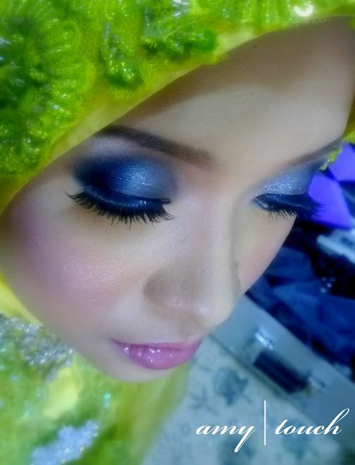 dramatic eyes...........