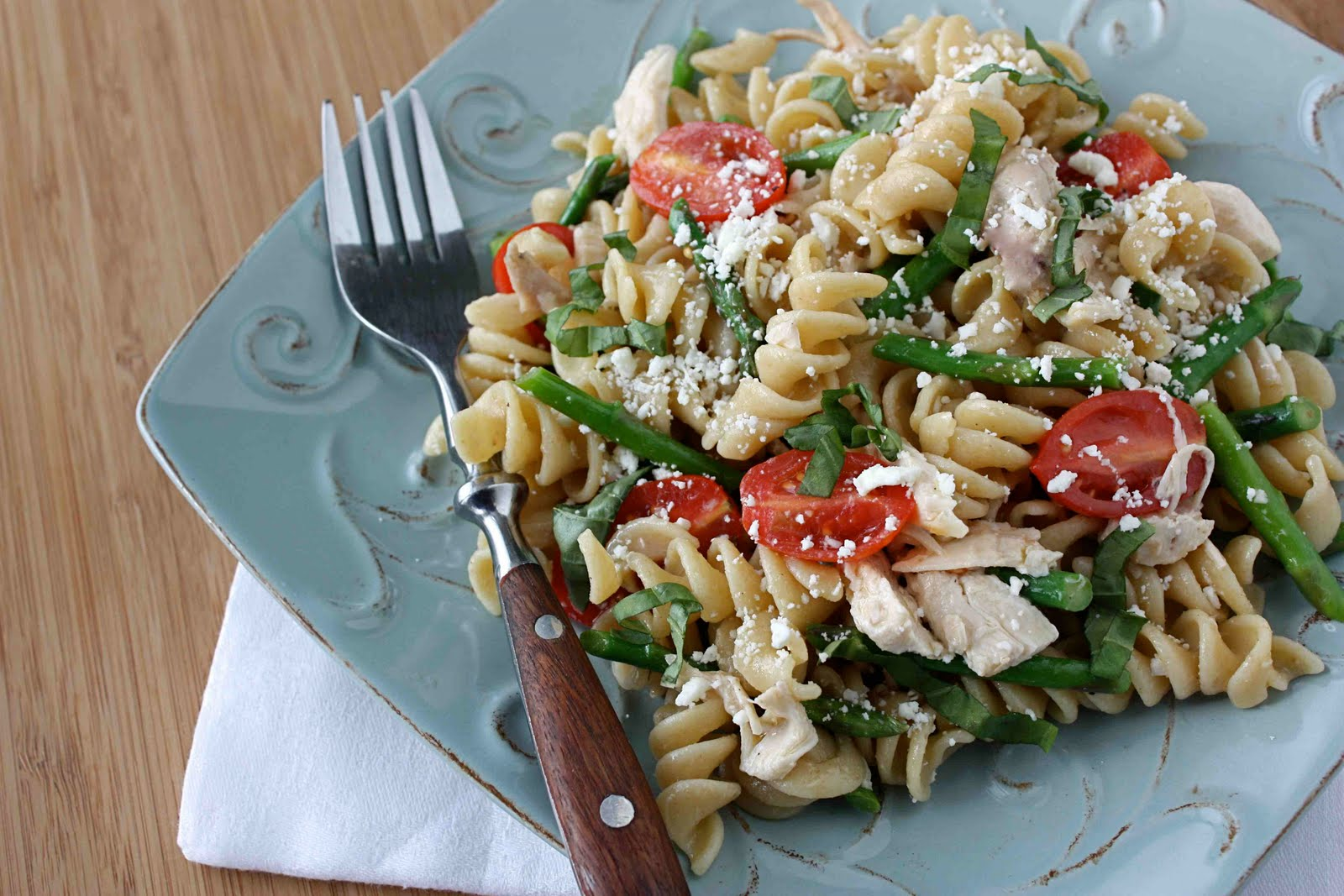 Chicken Pasta Salad Recipe with Tomatoes, Asparagus & Feta Cheese ...