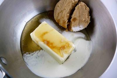 Pine Nut, Caramel & Sea Salt Shortbread Bars Recipe ...