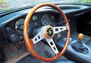 Lamborghini Islero Interior