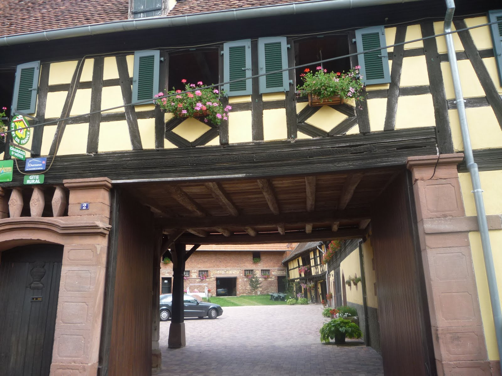Famille issenhaussen et obersteinbach for Taille portillon