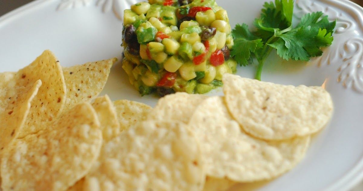 Cooking à la Mode: CPK's Southwestern Avocado Salsa