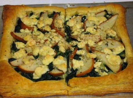 Veggie Obsession: Spinach, Pear and Gorgonzola Tart