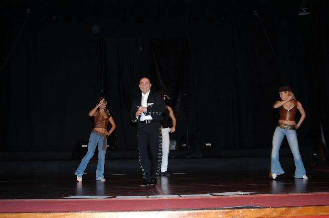 Con su propio Ballet