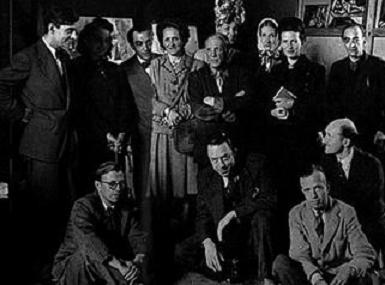 Foto tomada por Brassaï en 1944 en la apertura del juego de Picasso, el Deseo Cogido por la Cola