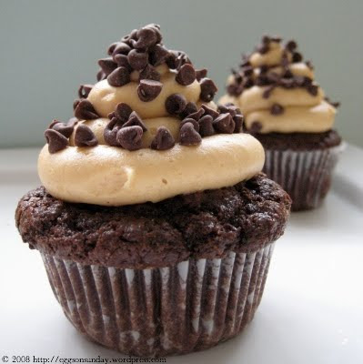 Ina Garten Chocolate Cupcakes With Peanut Butter Frosting