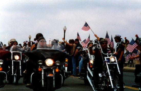 http://2.bp.blogspot.com/_nsfFCnwGVlc/TIsJJWnj-yI/AAAAAAAACNw/Ha4tREHKOEo/s640/1.990076080.memorial-day-motorcycle-rally.jpg