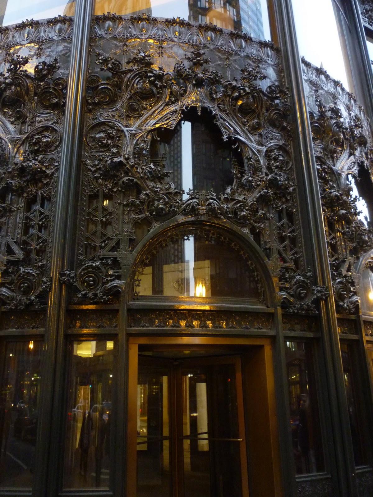 Louis Sullivan, Carson, Pirie, Scott Building – Smarthistory