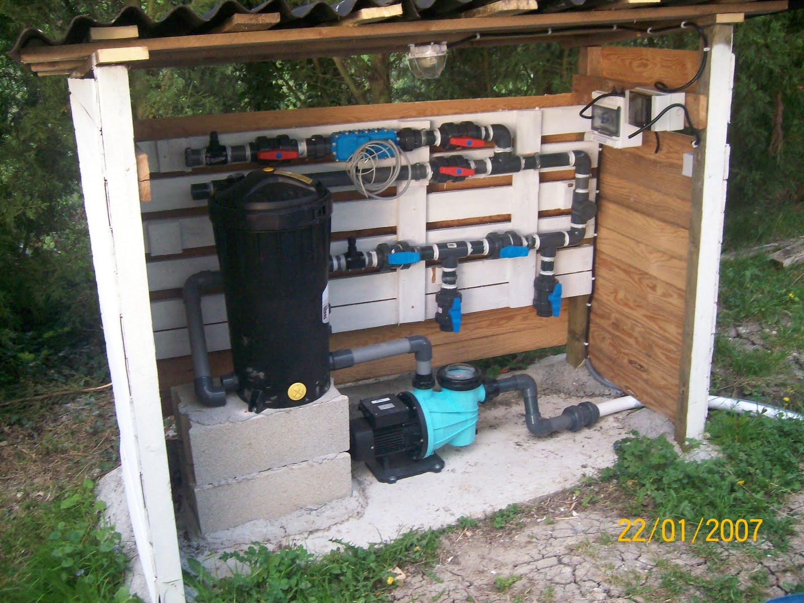 Notre olivia waterair montage etc pr t pour le radier for Kit piscine bois avec pompe a chaleur