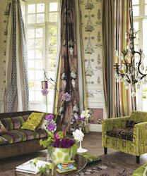 Nádherný obchod ... úžasné barvy a vzory.