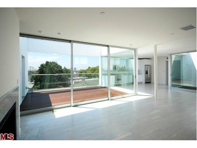 7917 Willoughby West Hollywood Master - Deck