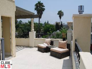 841 Westmount West Hollywood - Deck View