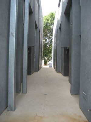 1220 Orange Grove Courtyard