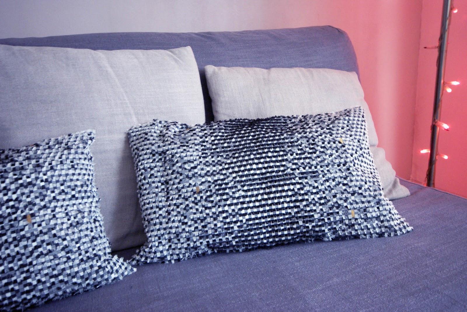 mimii the lab tutorial fabrication d un coussin et sa housse. Black Bedroom Furniture Sets. Home Design Ideas